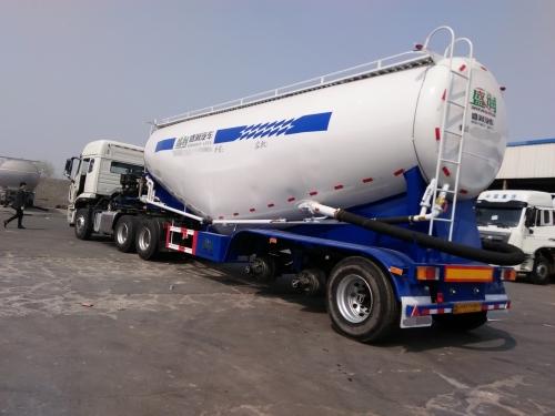 粉粒物料运输车水泥搅拌车应急救援法